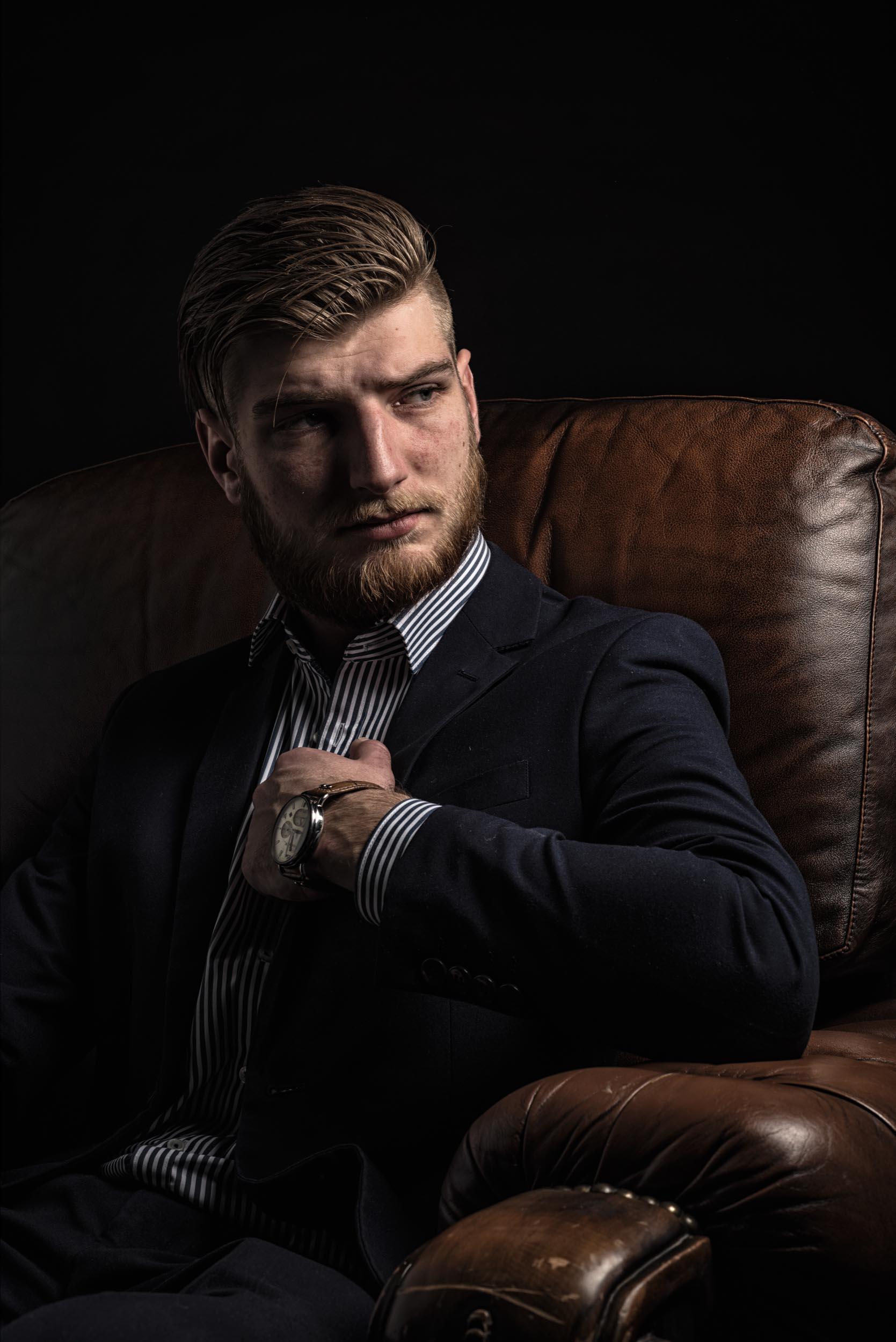 Fotoshoot Studio - Emiel - Bearded Men Boss Looks