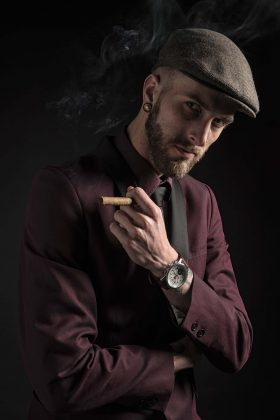 Fotoshoot studio - Jelle Nauta - Smoking Cigar